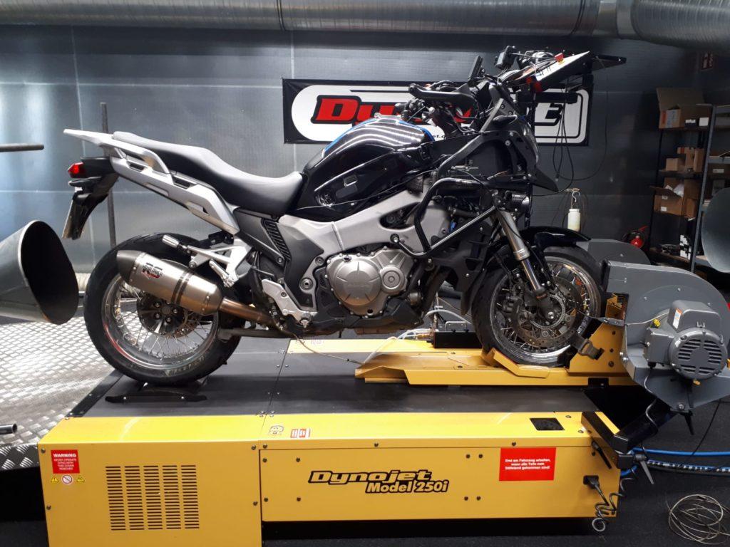 Honda VFR 1200 X - Bike